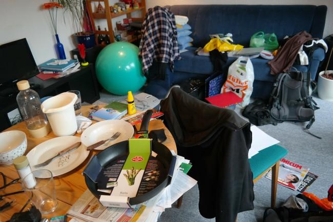 clutter chaos
