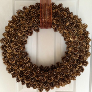 How to create the perfect pinecone wreath